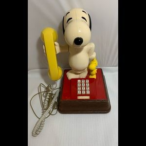 Vintage The Snoopy and Woodstock Phone